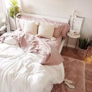 Romantic bedroom decorating ideas in your apartment 39
