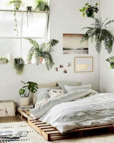 Romantic bedroom decorating ideas in your apartment 46