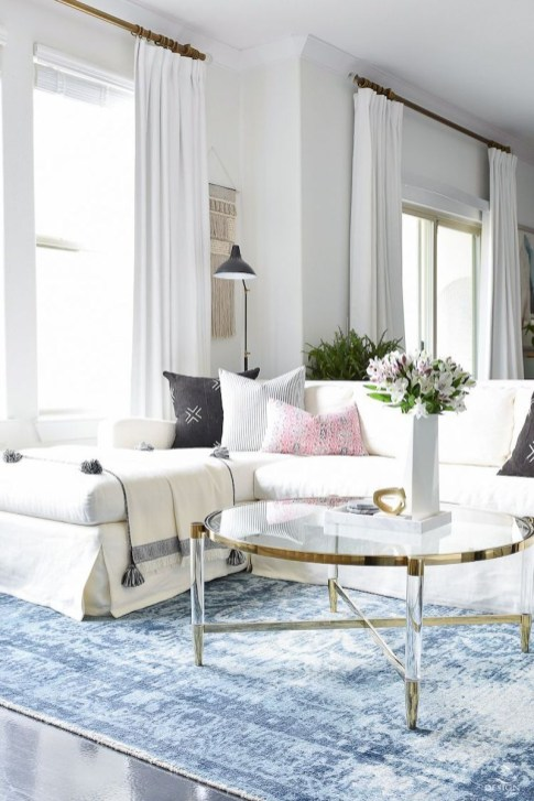 Spring living room design ideas that you can copy right now 04