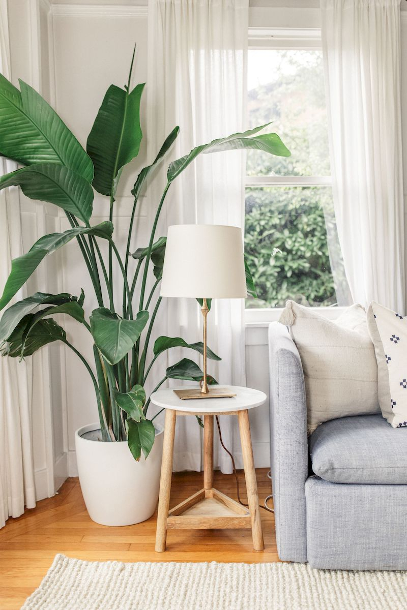 Spring living room design ideas that you can copy right now 43
