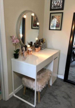The best makeup table design ideas that you must copy right now 42