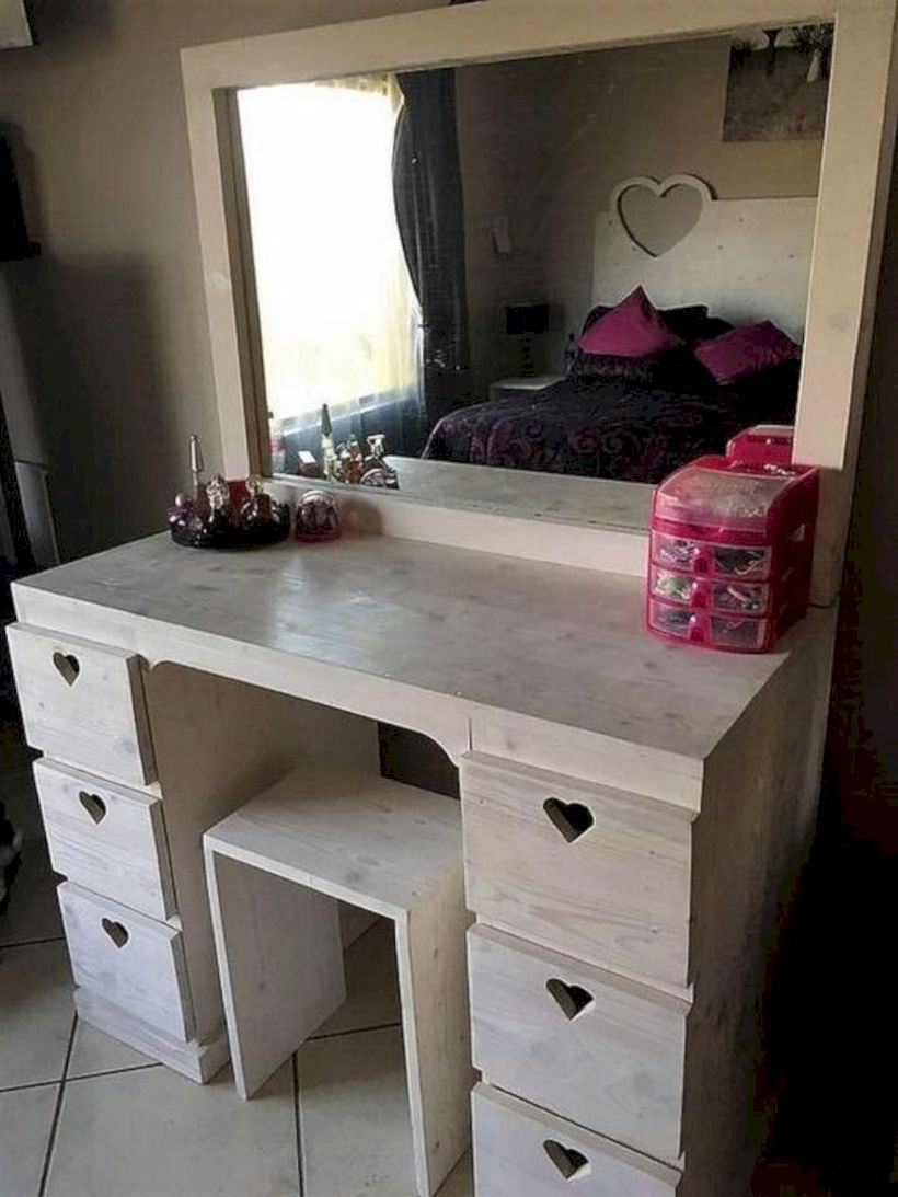 The best makeup table design ideas that you must copy right now 49