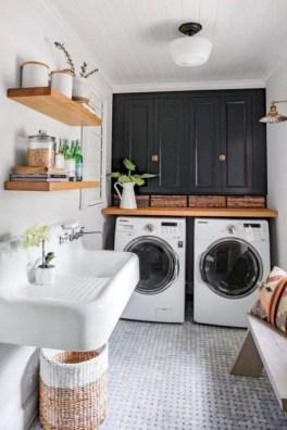 Inspiring small laundry room design ideas in spring 2019 36