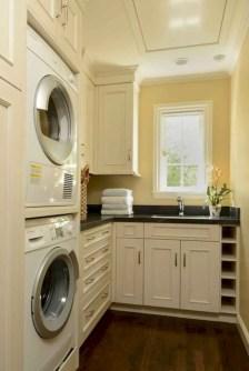 Inspiring small laundry room design ideas in spring 2019 38
