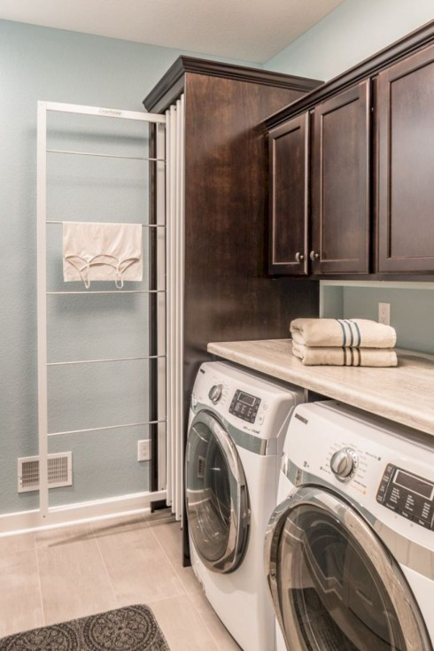 Laundry design ideas with drying room that you must try 04