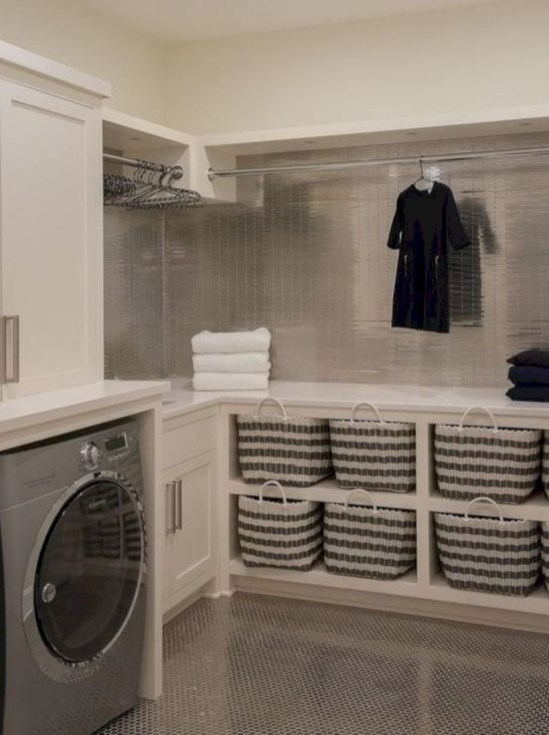 Laundry design ideas with drying room that you must try 05