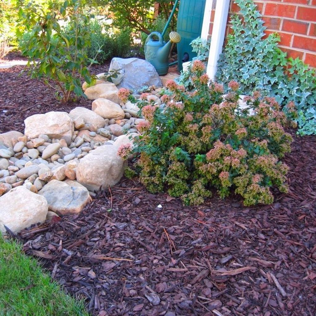 Best front yard design ideas for summer in your home 32
