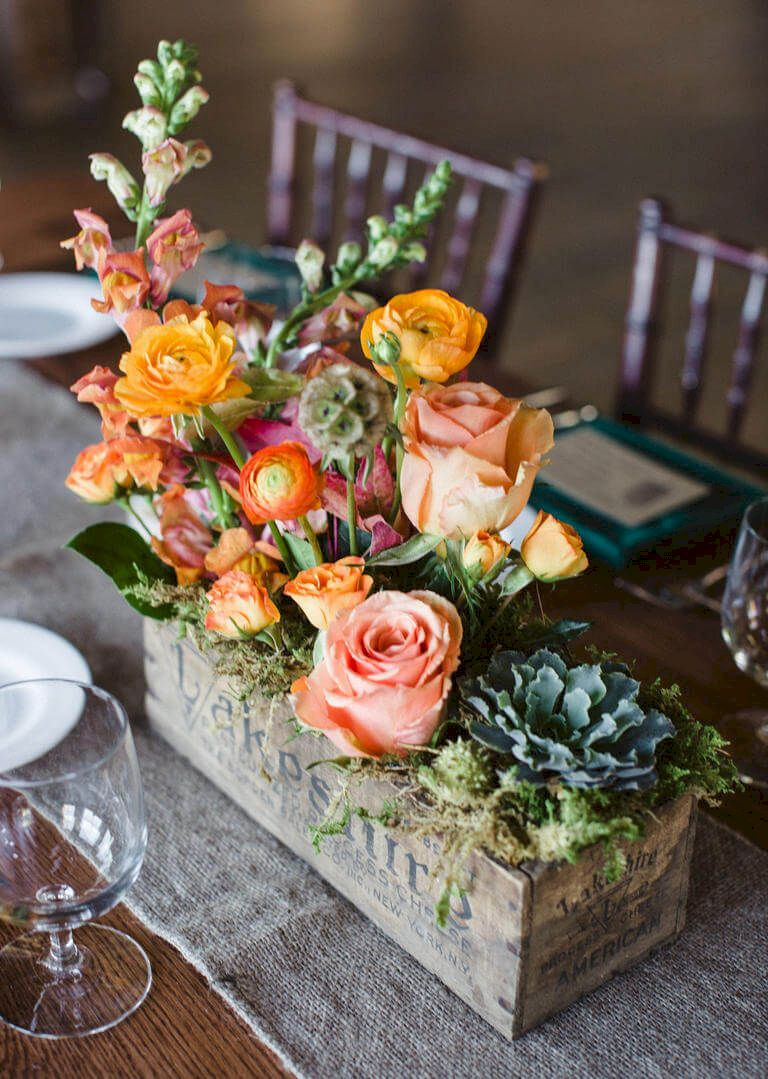 Inspiring wooden box ideas for flower that you can try 09
