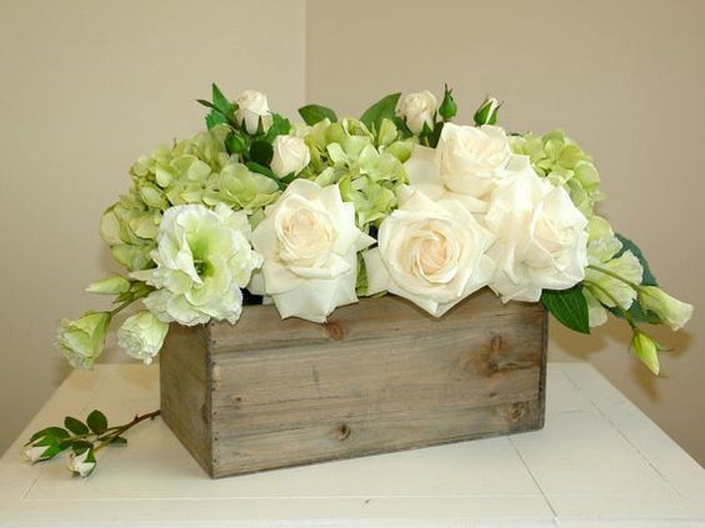 Inspiring wooden box ideas for flower that you can try 44