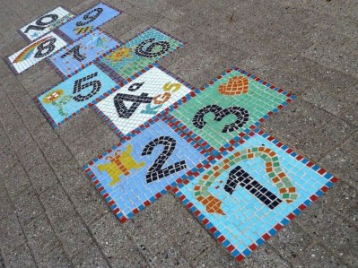 Adorable diy mosaic craft ideas to beautify your home decoration 19