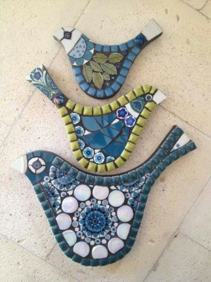Adorable diy mosaic craft ideas to beautify your home decoration 29