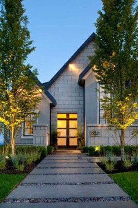 Adorable front yard lighting ideas for your summer night vibe 08