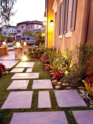 Adorable front yard lighting ideas for your summer night vibe 12