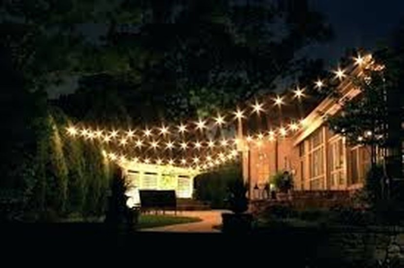 Adorable front yard lighting ideas for your summer night vibe 24