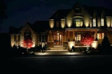 Adorable front yard lighting ideas for your summer night vibe 25