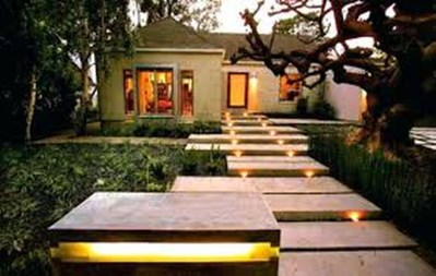 Adorable front yard lighting ideas for your summer night vibe 30