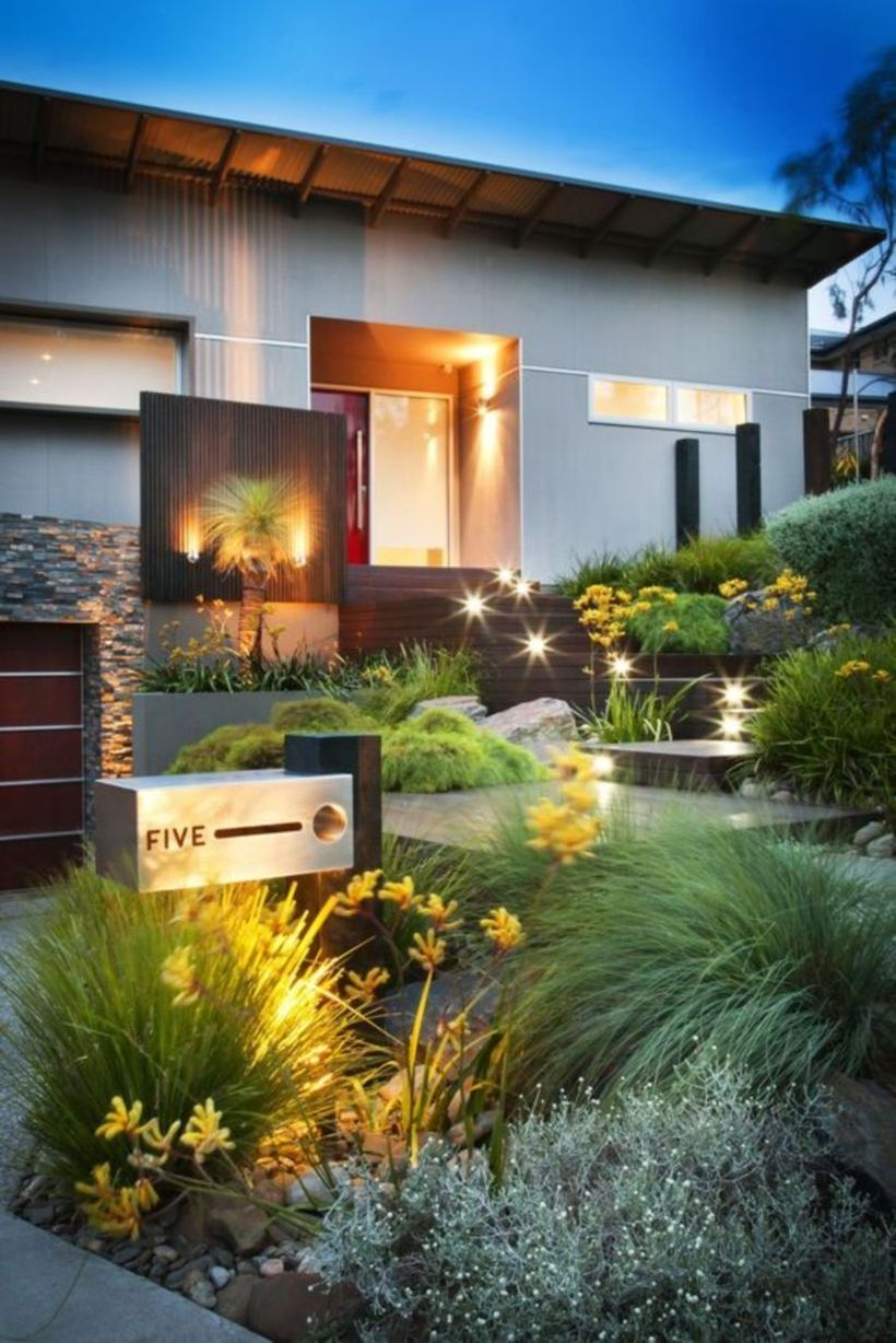 Adorable front yard lighting ideas for your summer night vibe 35