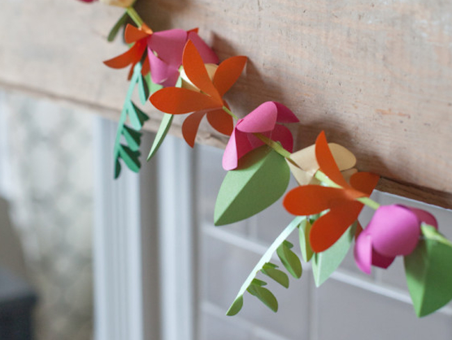 Hanging paper crafts ideas with red flower to create more beauty