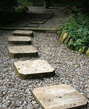 On budget garden walk path ideas for an easy movement around the garden 02