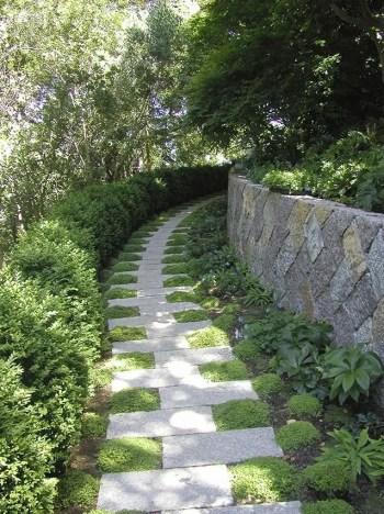 On budget garden walk path ideas for an easy movement around the garden 21