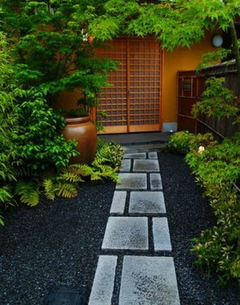 On budget garden walk path ideas for an easy movement around the garden 29