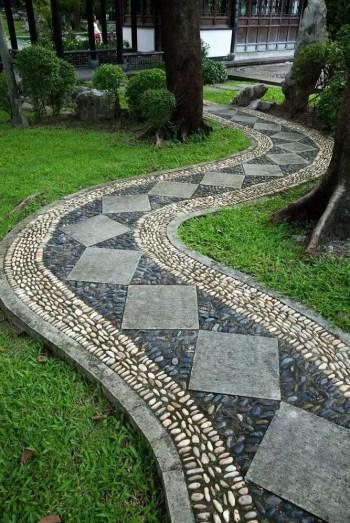 On budget garden walk path ideas for an easy movement around the garden 41