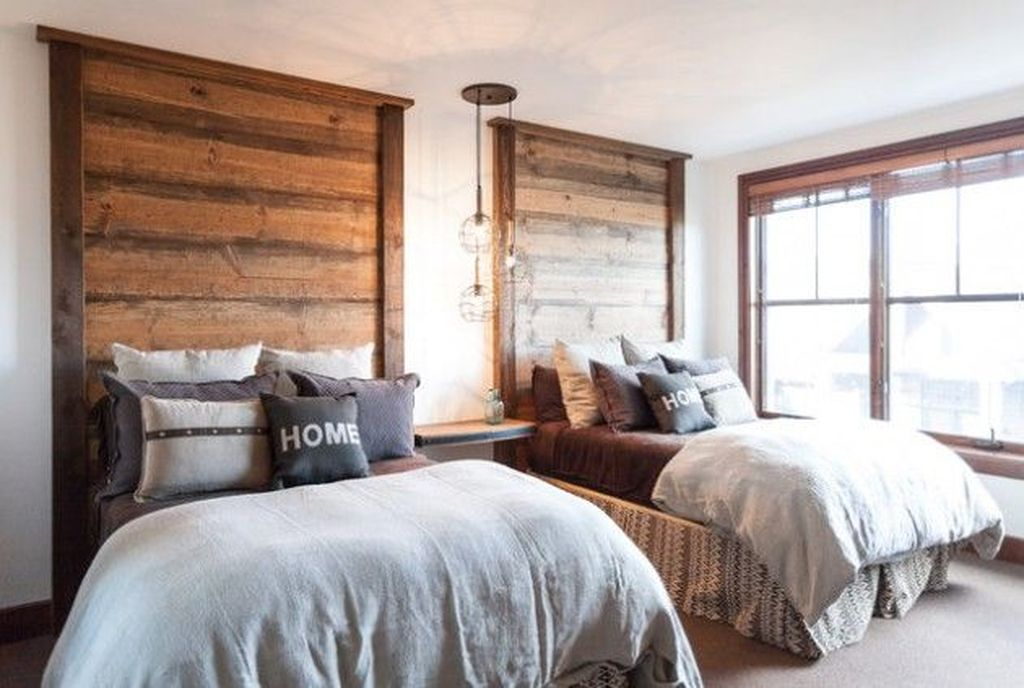 An awesome headboard to perfect your bedroom