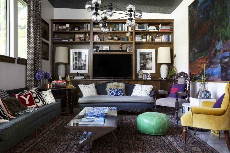 An elegant furnitur for living room