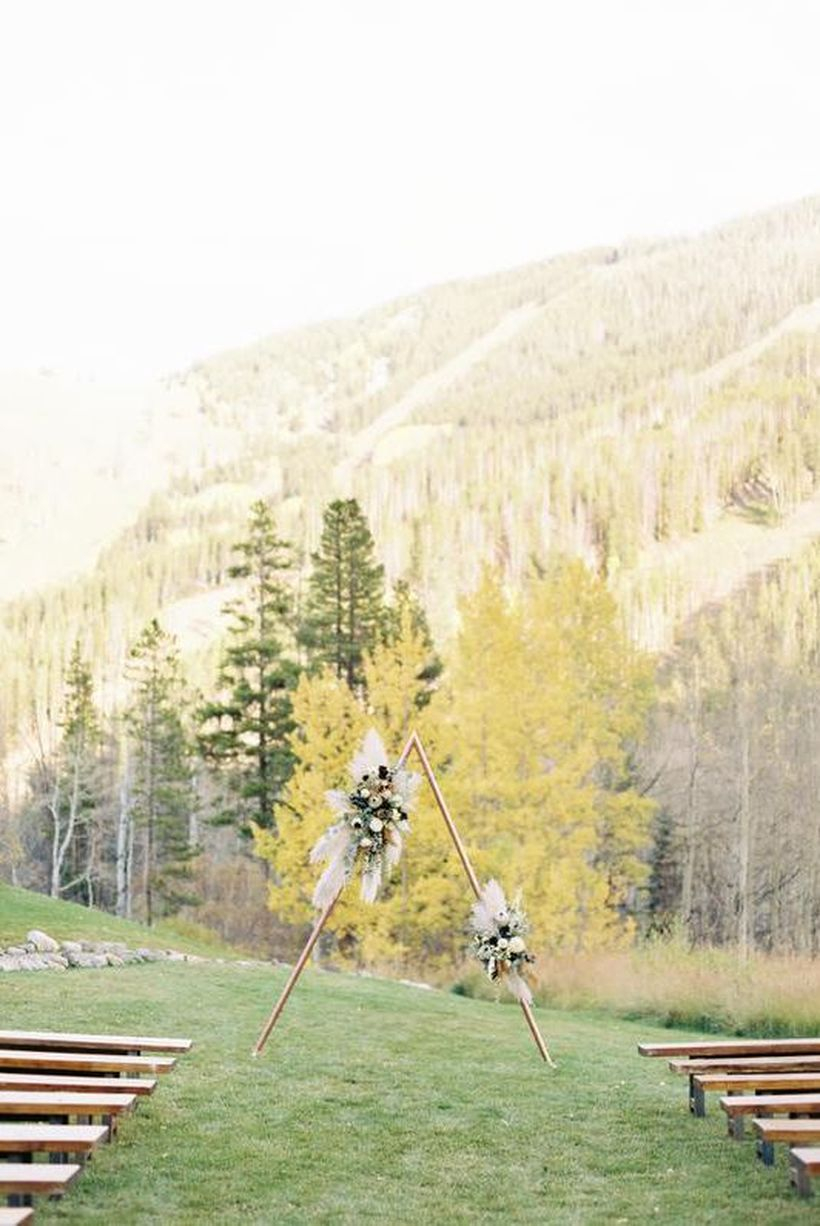An impressive outdoor venue for fall wedding with beano's cabin provides an idyllic mountainside setting for your nuptials, with a golden-hued backdrop that goes on for miles and miles.