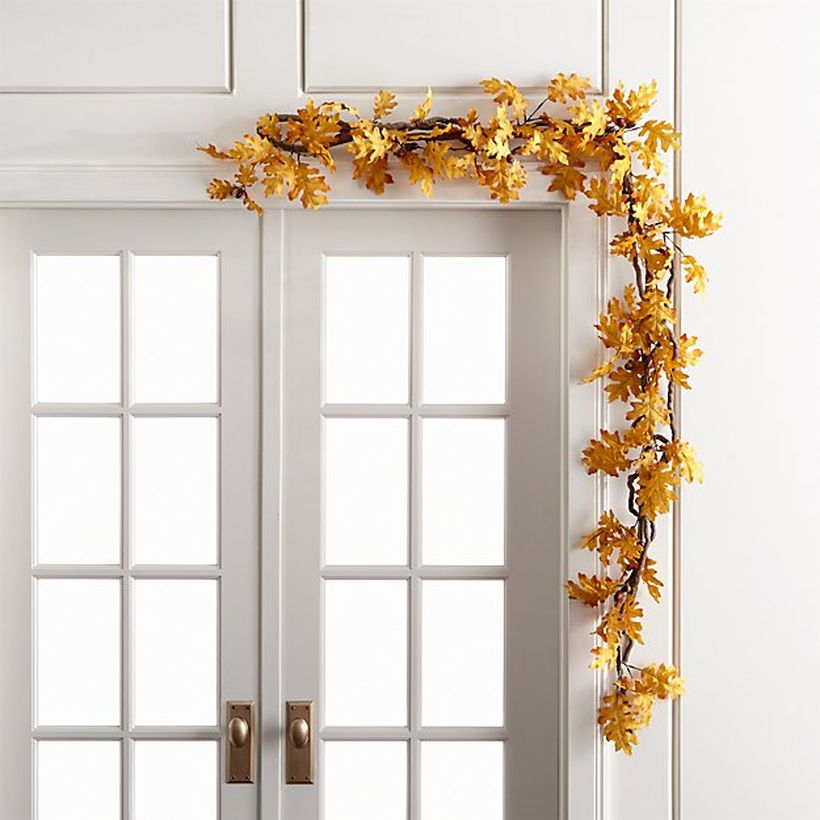 Stunning dry leaves garlands with yellow color for door decoration