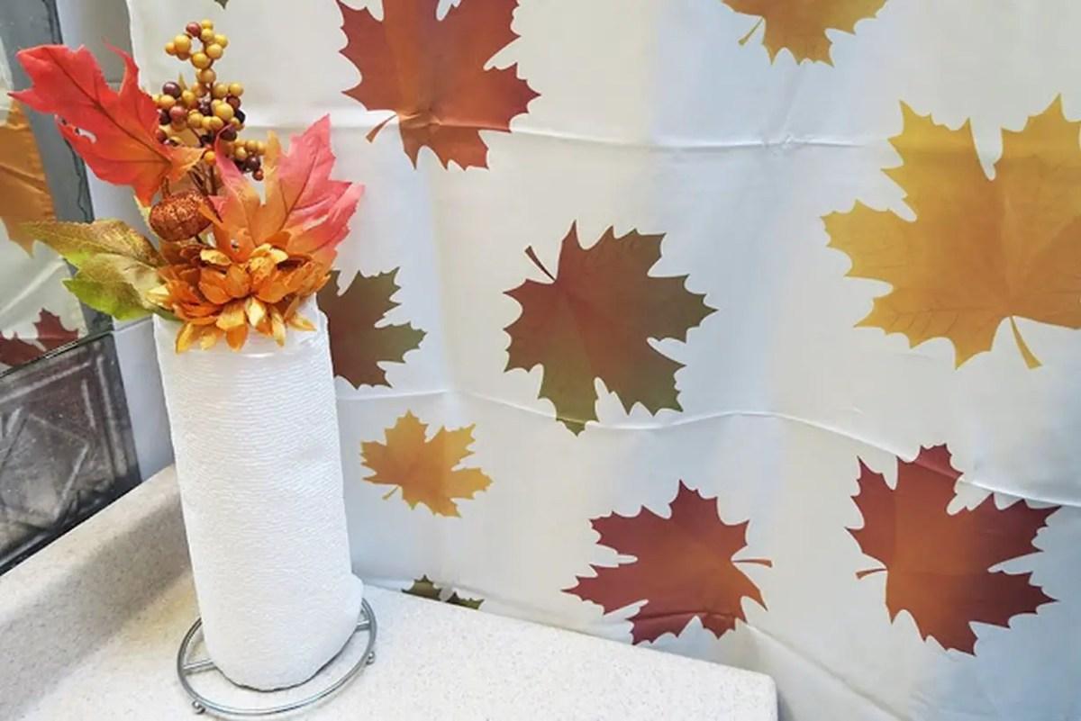 Fall-bathroom-decor