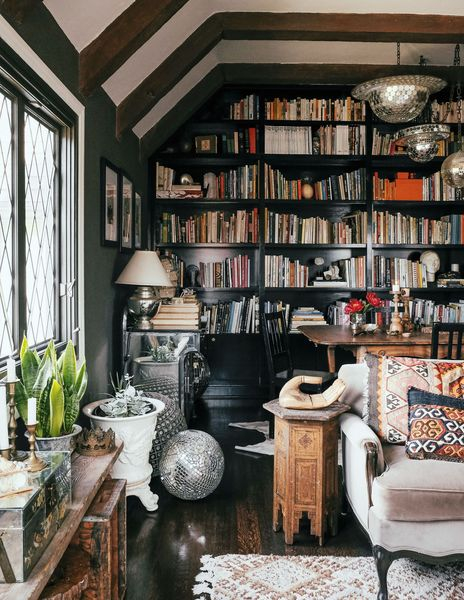 Incredible bookshelves for the living room
