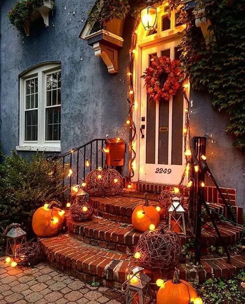 Inspiring pumpkins porch decoration