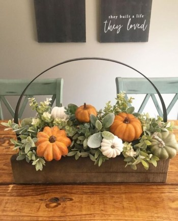 Pumpkins decoration for centerpiece
