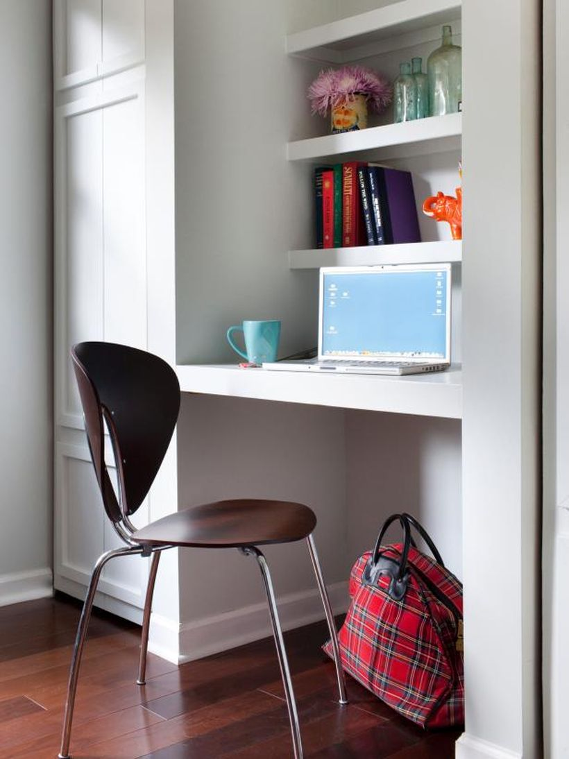 A beautiful home office nook.