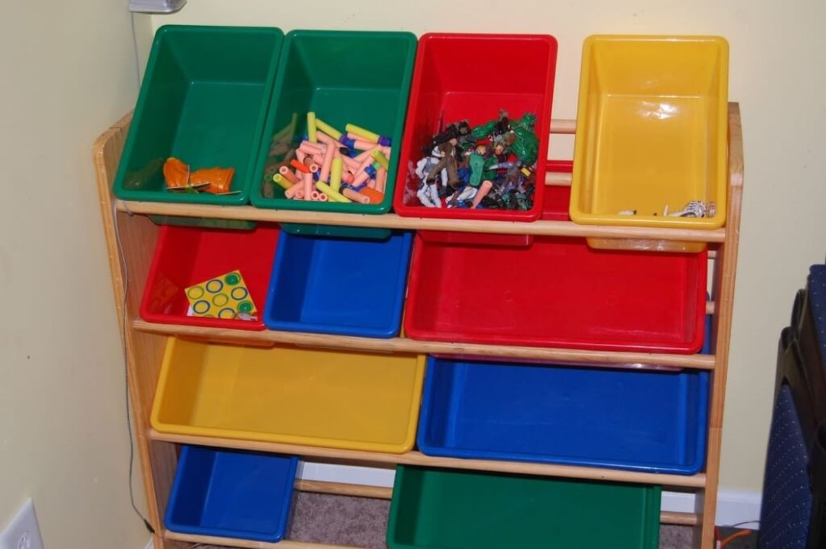 Colorful storage ideas with graded design to look awesome