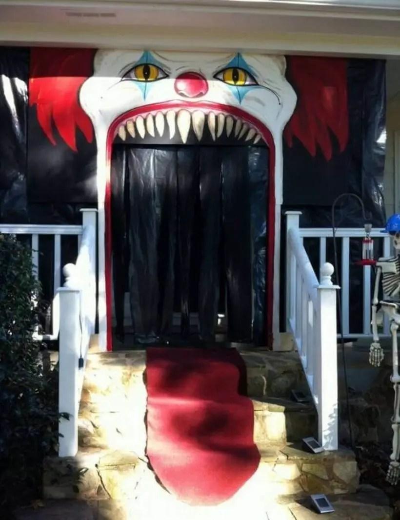 Creepy clown halloween door.