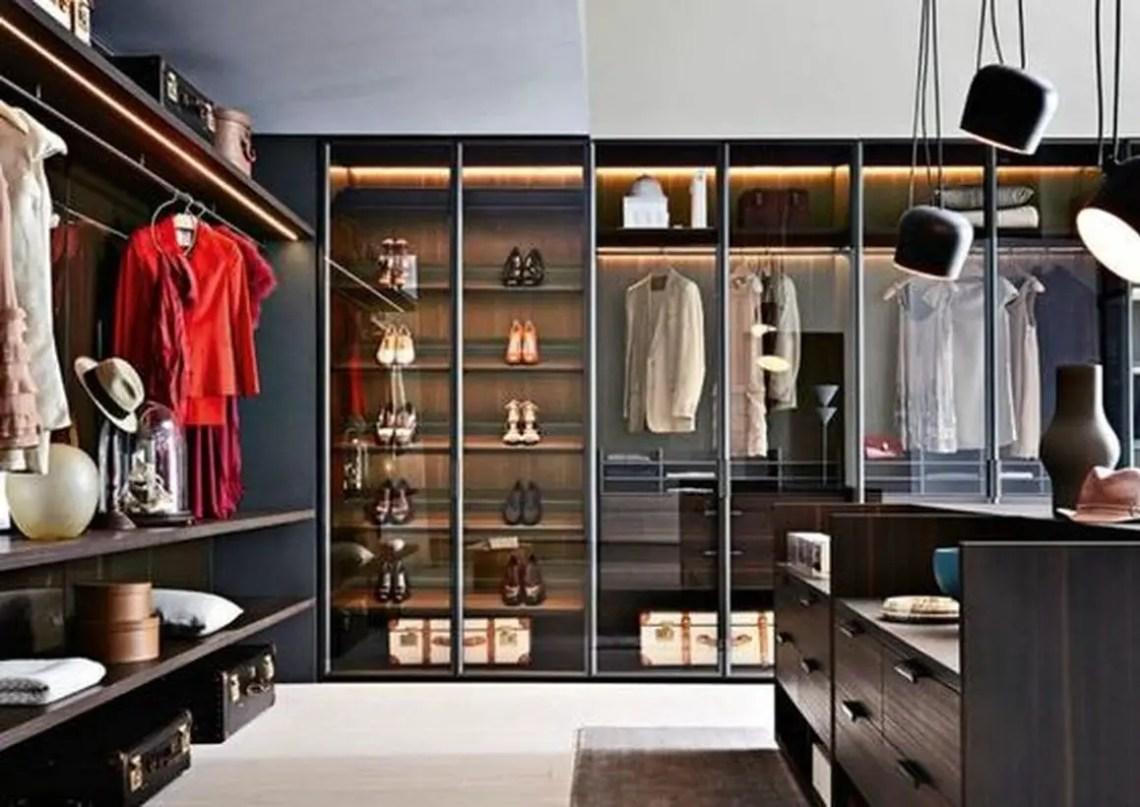Gliss master wardrobe.