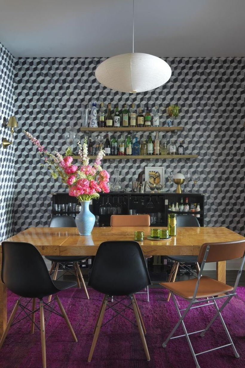 Geometric wallpaper for scandinavian dining room you can try