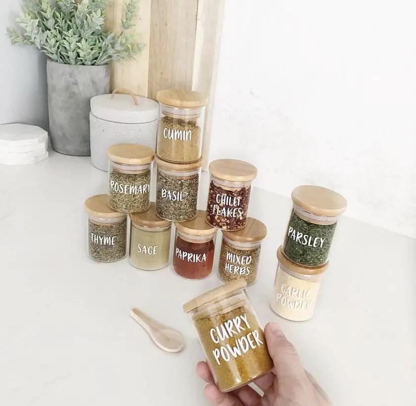 Small jar organizer