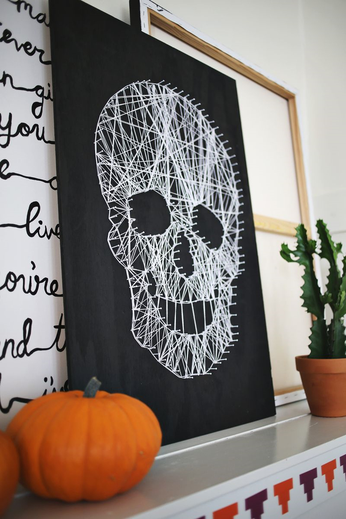 Creative diy indoor home decoration with skull string materials to perfect your halloween decorations