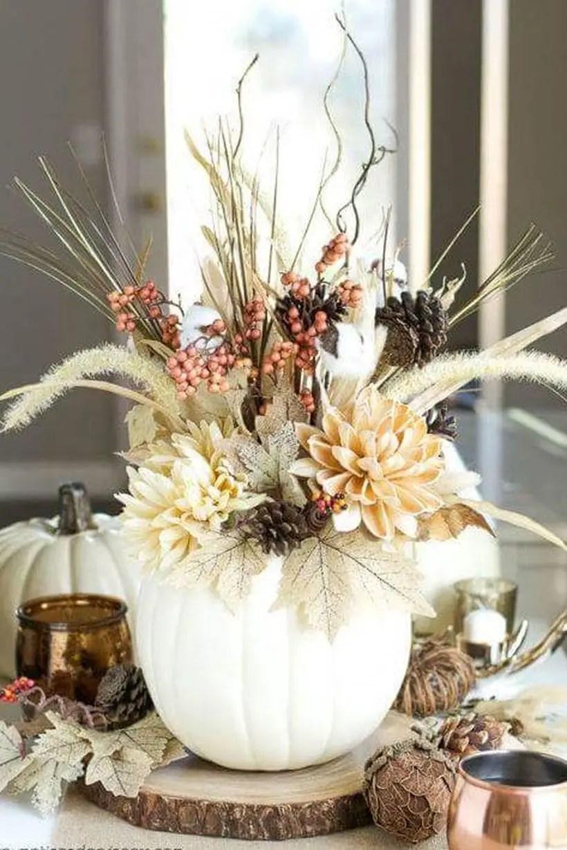 Eye-catching-white-pumpkin-vase-centerpiece-for-thanksgiving.-