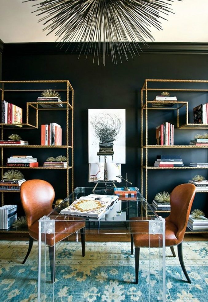 Iron shelf to organize your book