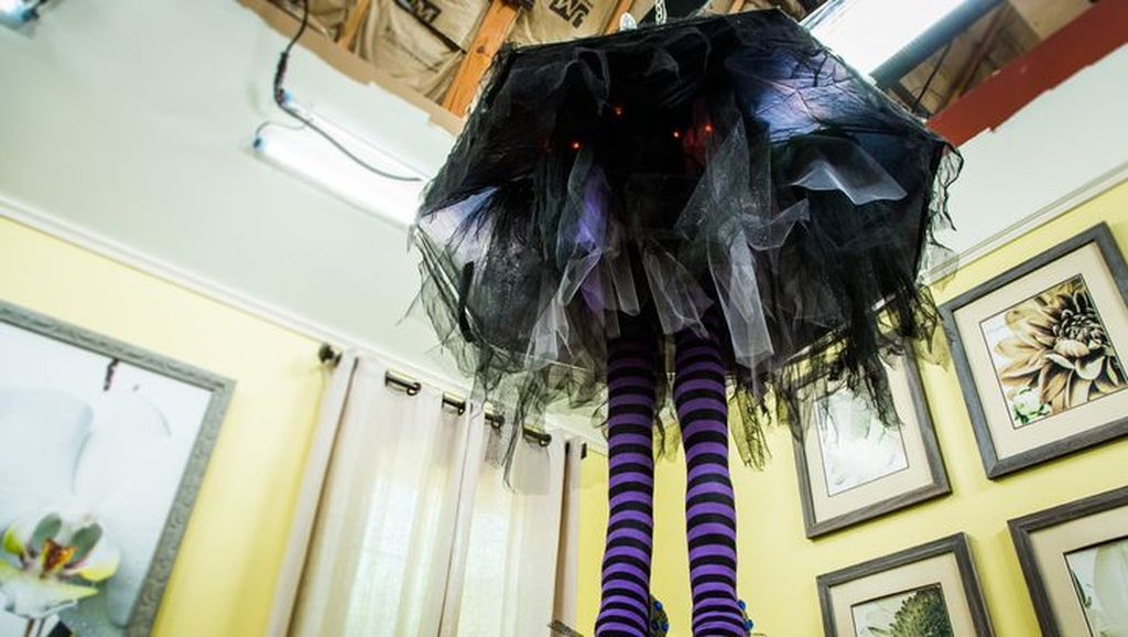 Spooky halloween home decoration with doll diy chandelier to complete your halloween decoration
