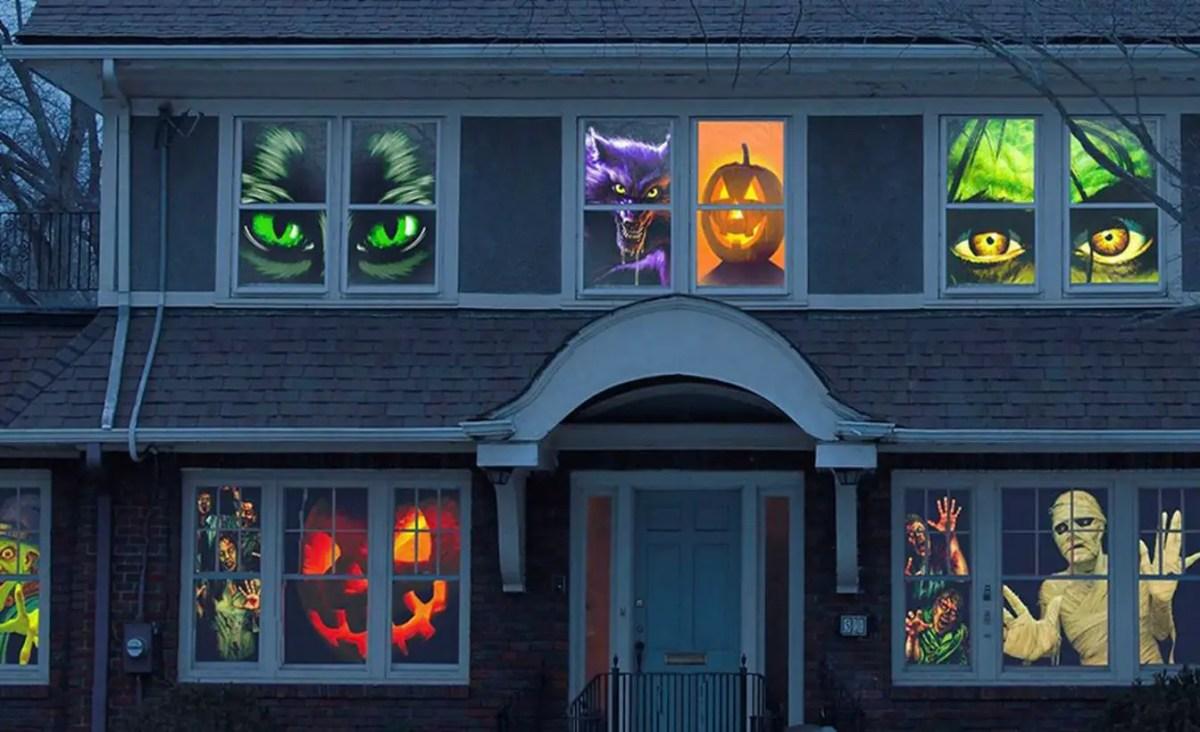 Decoration window with halloween themes