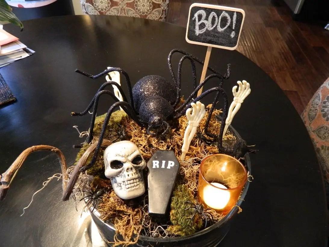 Spooky halloween centerpiece