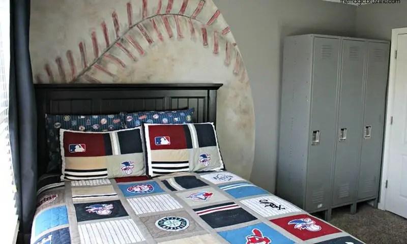 Baseball-mural-for-your-kids-room.