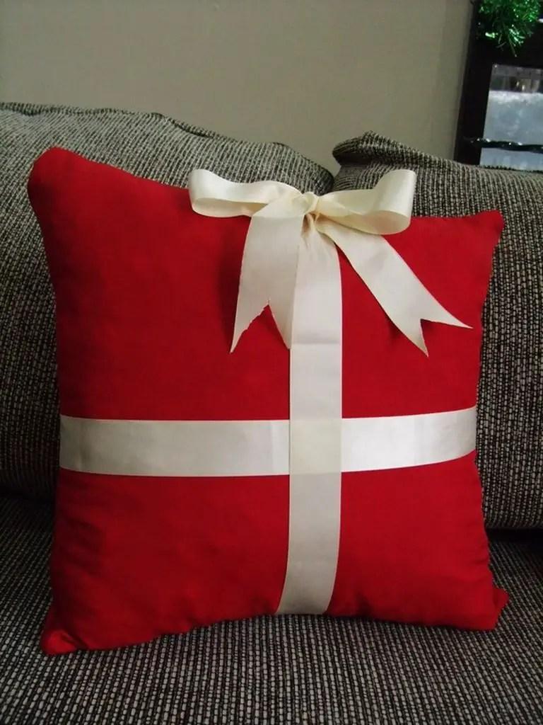 Diy-christmas-pillows-idea