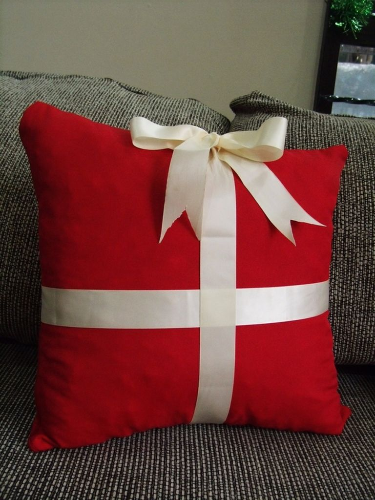Diy-christmas-pillows-idea
