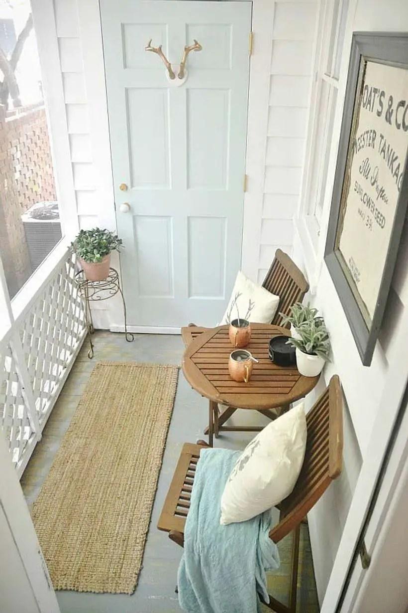 Mini back porch decor tips